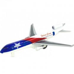 Avión reactivo blanco con bandera