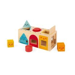 Caja con formas geométricas de madera