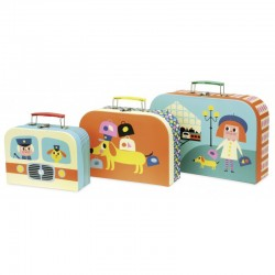 Set de 3 maletas de cartón diseñadas por Ingela P. Arrhenius (Set of 3 cardboard suitcases by Ingela P. Arrhenius)