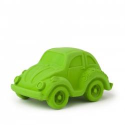 Carlito, el coche verde mordedor de caucho
